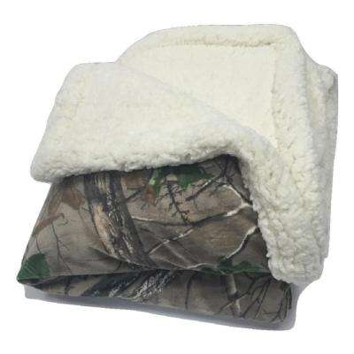 Xtra Green Polyester Mink Sherpa Throw