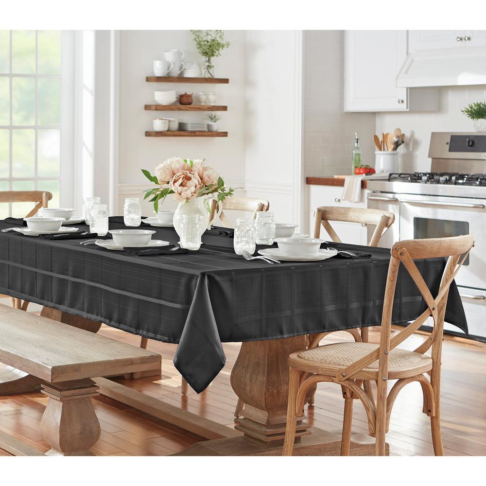 60 in. W x 84 in. L OvaL Black Elrene Elegance Plaid Damask Fabric Tablecloth