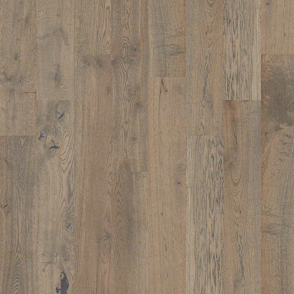 Shaw Richmond Oak Wallingford 9 16 In Thick X 7 1 2 In Wide X Random Length Engineered Hardwood Flooring 31 09sq Ft Case