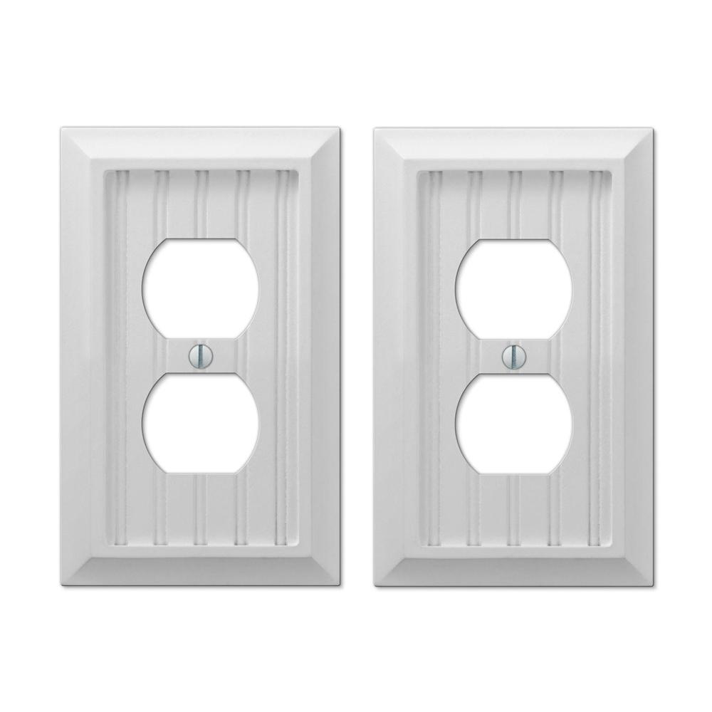 Cottage 1 Duplex Outlet Plate in White Composite Wood (2-Pack)