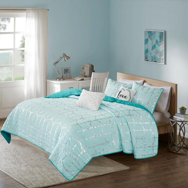 Intelligent Design Khloe 4-Piece Aqua/Silver Twin/Twin XL Geometric Coverlet Set
