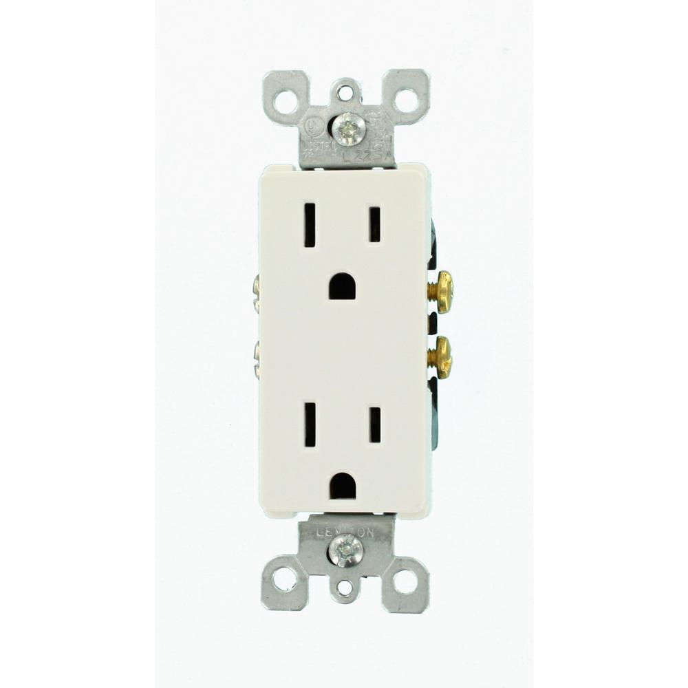 Leviton Decora 15 Amp Duplex Outlet, White