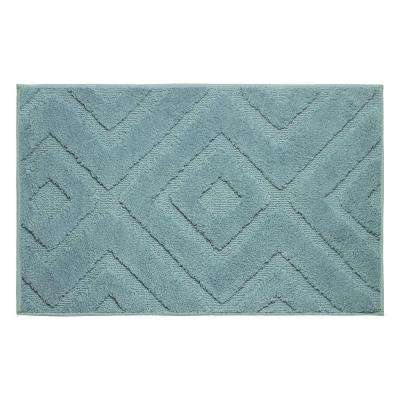 Lilah Arctic Blue 17 in. x 24 in. Bath Mat
