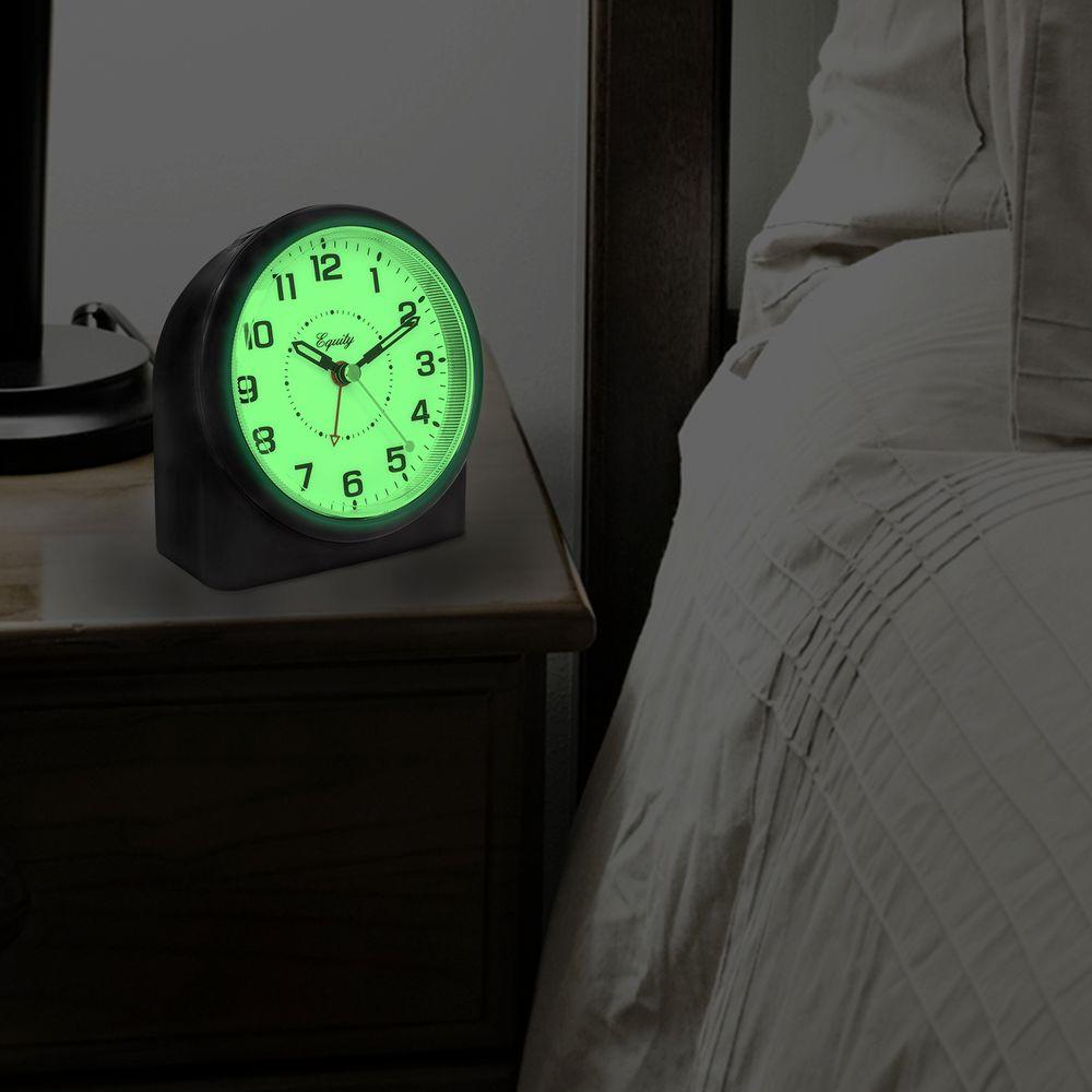 Large 4.72 in. Black Analog Alarm Table Clock with Night Vision