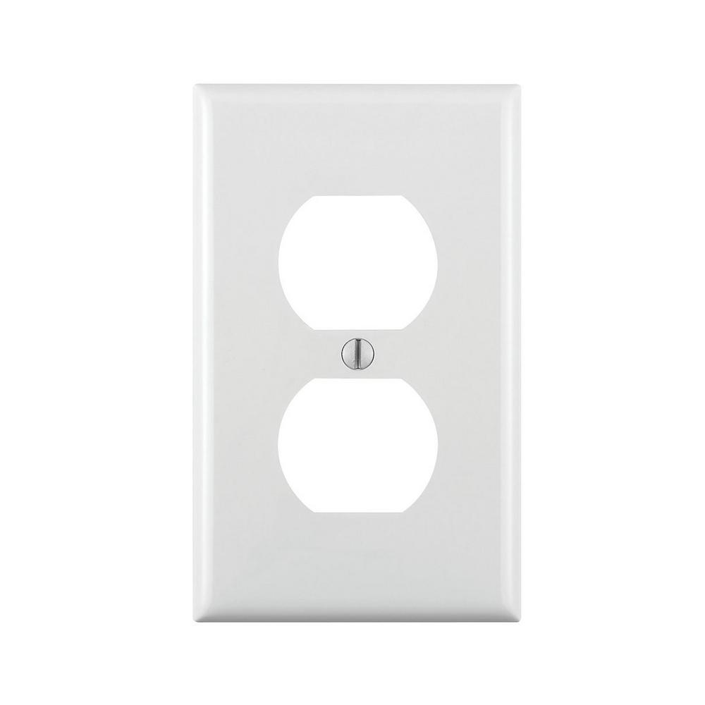 Leviton White 1-Gang Duplex Outlet Wall Plate (1-Pack)