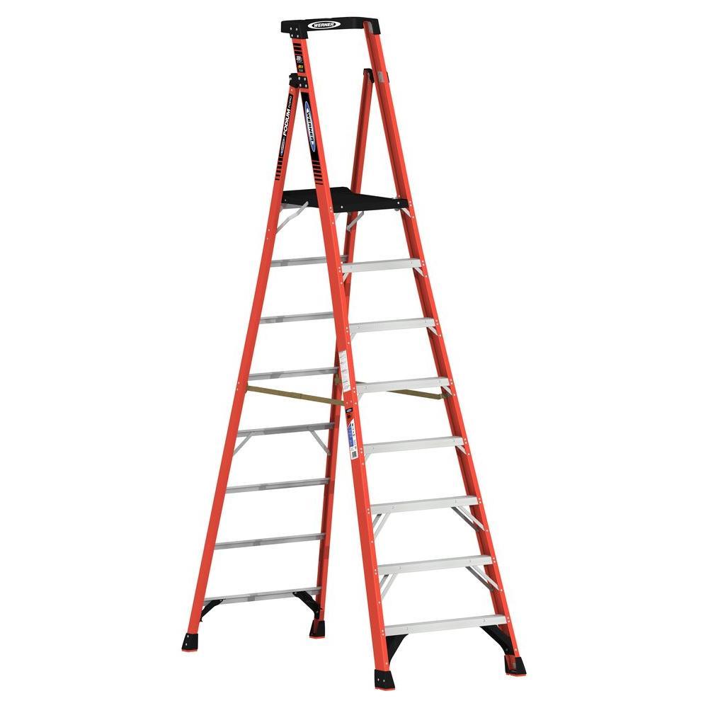 Werner 14 Ft Reach Fiberglass Podium Ladder With 300 Lb