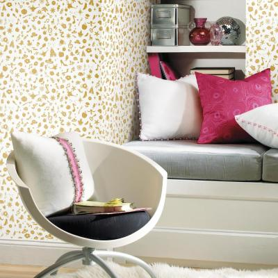28.18 sq.ft. Disney Princess Icons with Glitter Peel and Stick Wallpaper