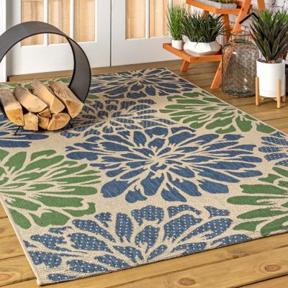 Zinnia Modern Floral Navy/Green 5 ft. 3 in. x 7 ft. 7 in. Textured Weave Indoor/Outdoor Area Rug