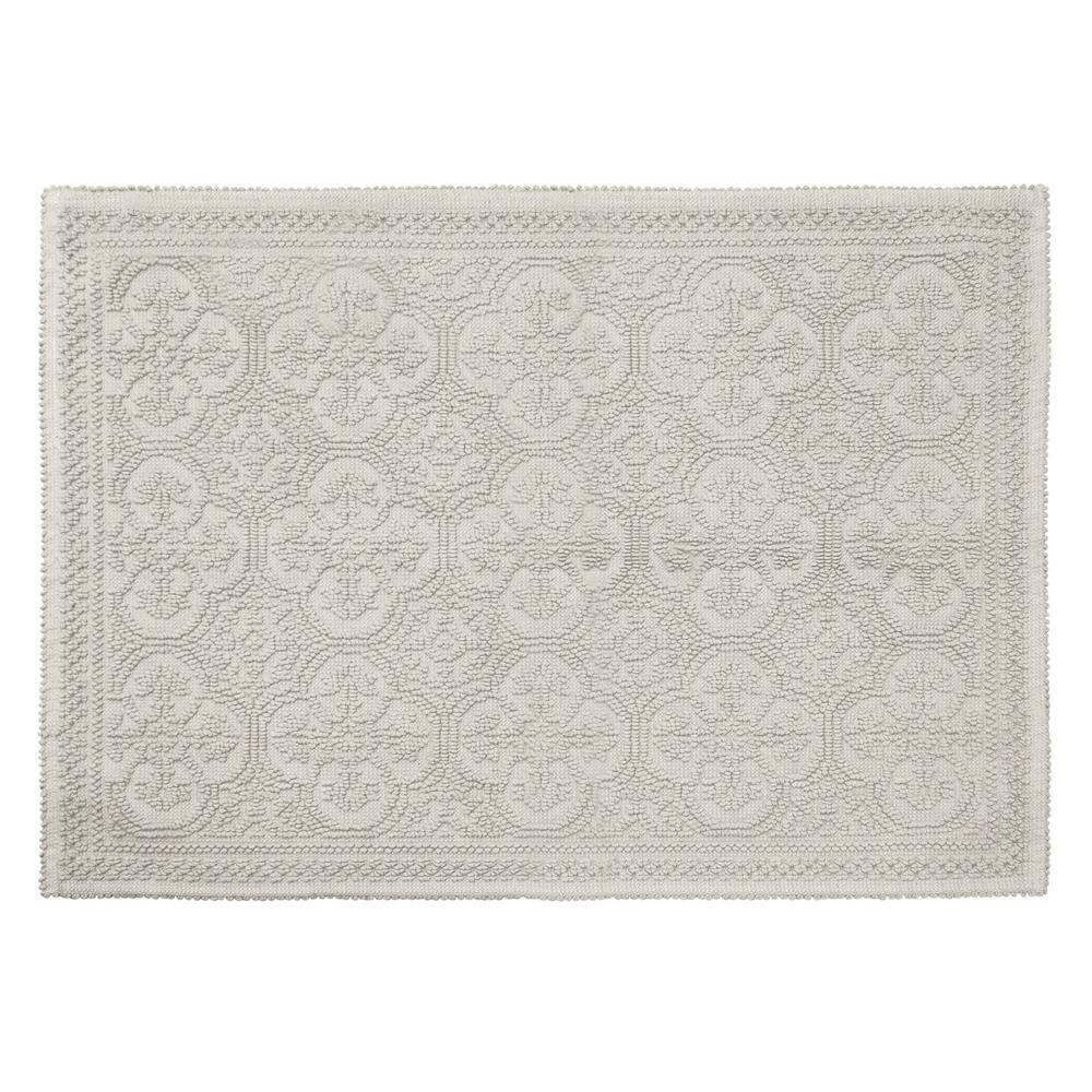 Clementine Beaded Cotton 24 in. x 36 in. Bath Rug, Light