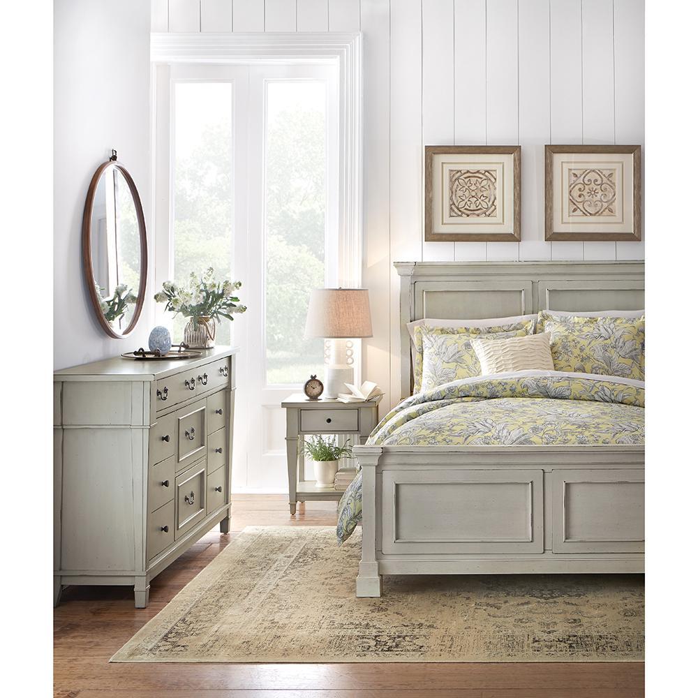 Bridgeport Antique Grey Queen Bed