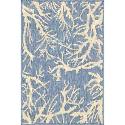 Outdoor Botanical Blue and Ivory 2' x 3' Rug
