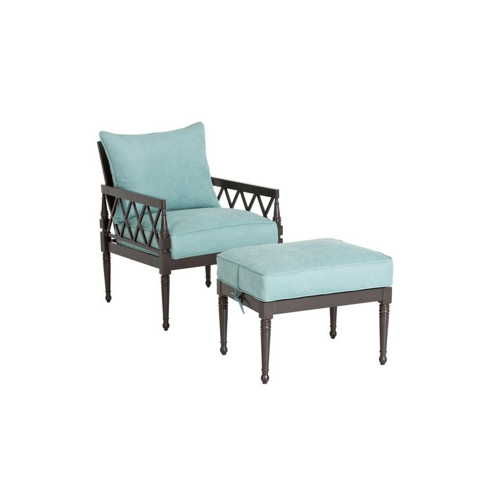 null Lily Pond 2-Piece Patio Seating Set