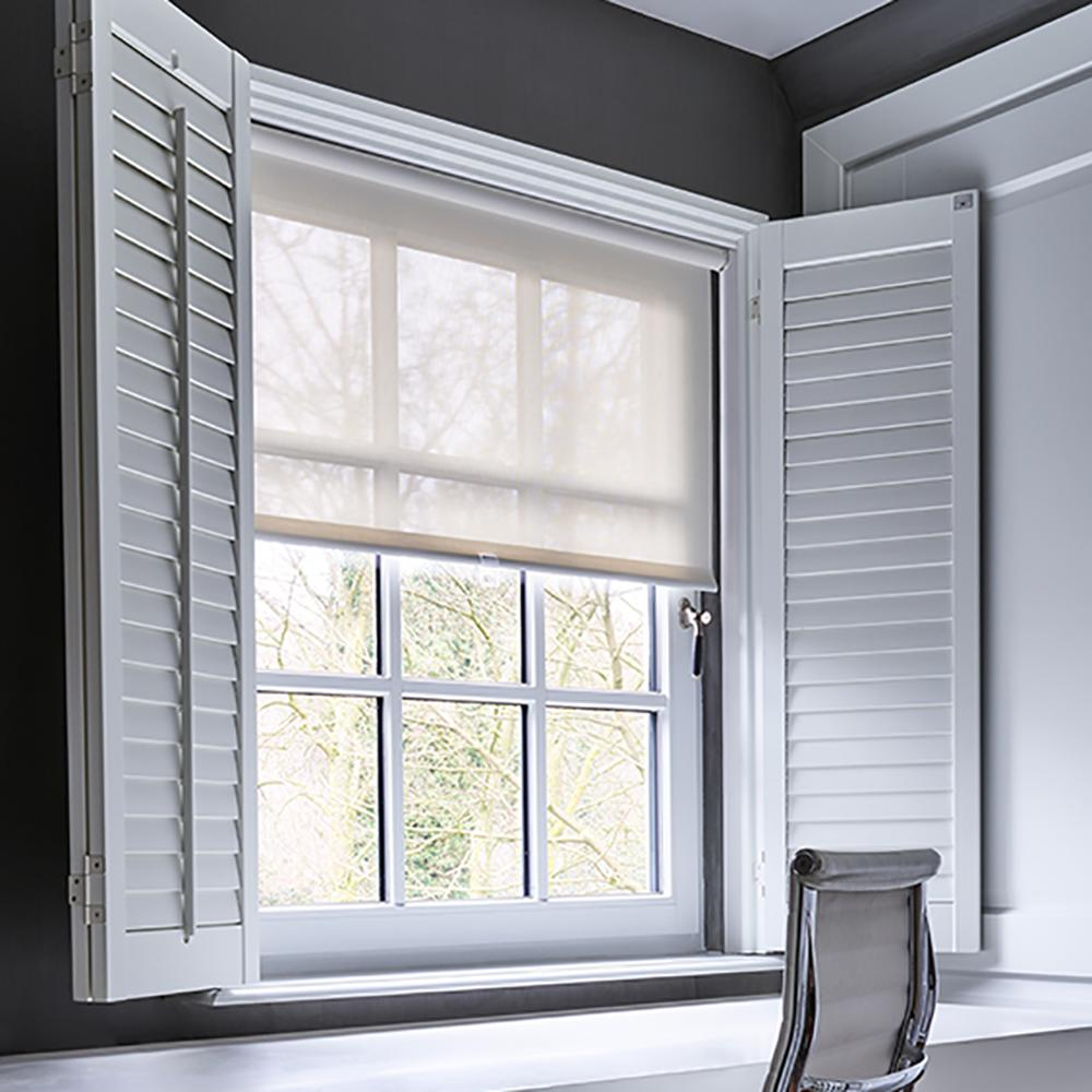 Cocoon by Coulisse Cut-to-Width Ivory White Fabric Solar Cordless Roller Shade - 31 in. W x 72 in. L