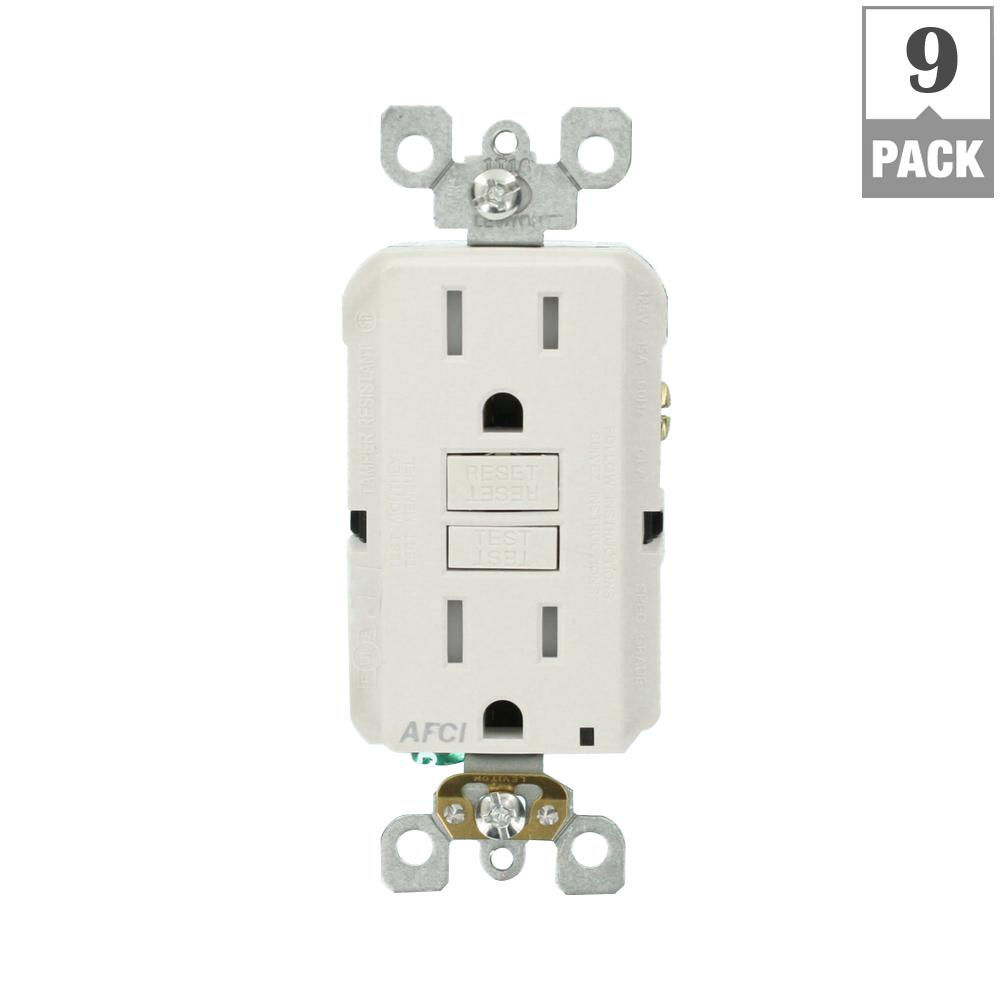 Leviton Decora 15 Amp Tamperresistant Combination Switch Outlet