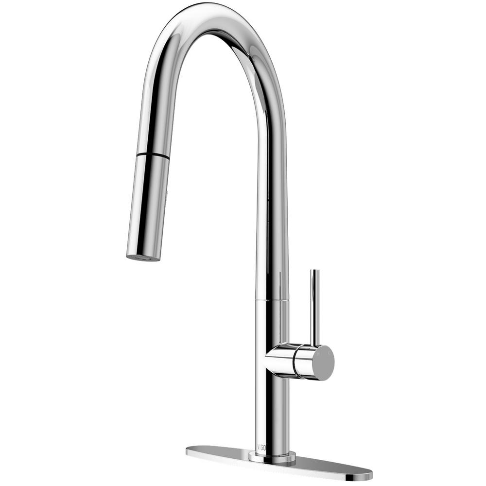 VIGO Greenwich Single-Handle Pull-Down Sprayer Kitchen Faucet with Deck Plate in Chrome