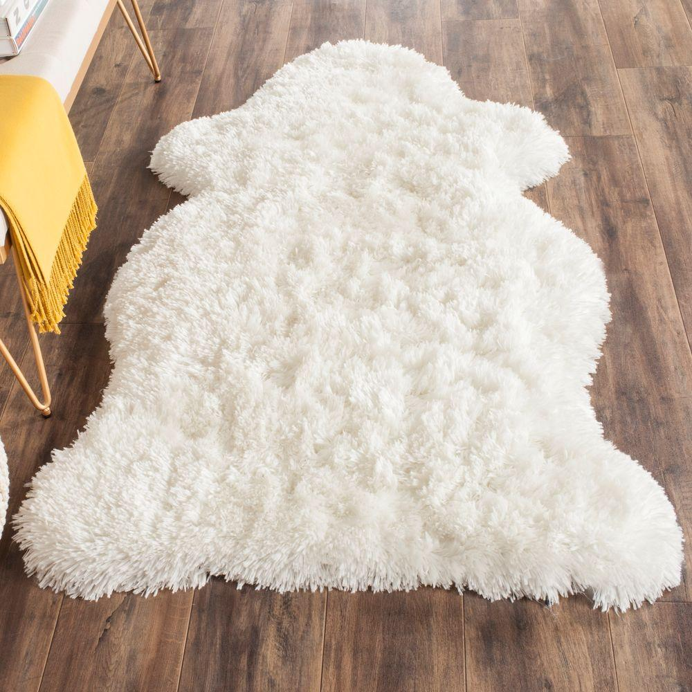Arctic Shag Ivory 3 ft. x 5 ft. Scalloped Area Rug