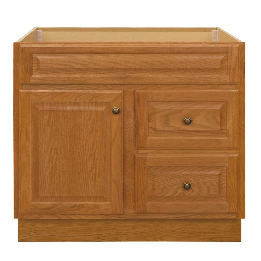 Hampton 36 in. W x 21 in. D x 33.5 in. H Bathroom Vanity Cabinet Only in Oak