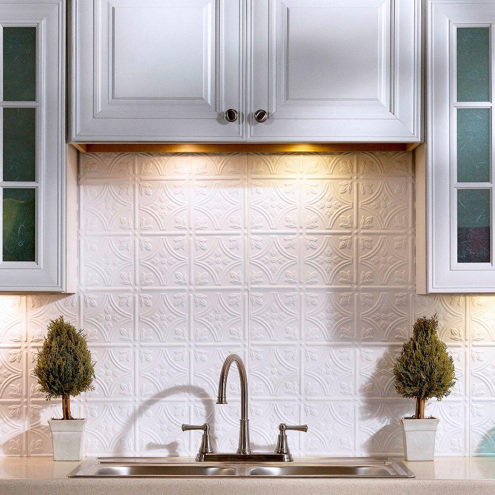 18 in. x 24 in. Traditional 1 PVC Decorative Backsplash Panel in Matte White