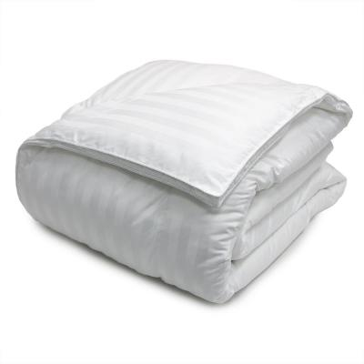 Year Round Warmth 500 Thread Count White Damask Queen Down Alternative Comforter