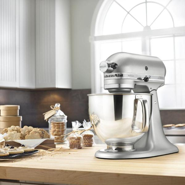 Kitchenaid Artisan 5 Qt 10 Speed Silver Stand Mixer With Flat Beater 6 Wire Whip And Dough Hook Attachments Ksm150pscu The Home Depot