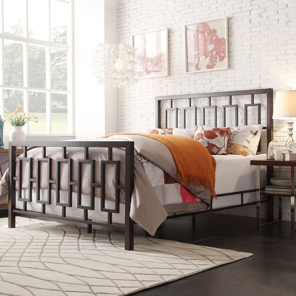 HomeSullivan Laurel Hill King-Size Geometric Bed in Bronzed Black