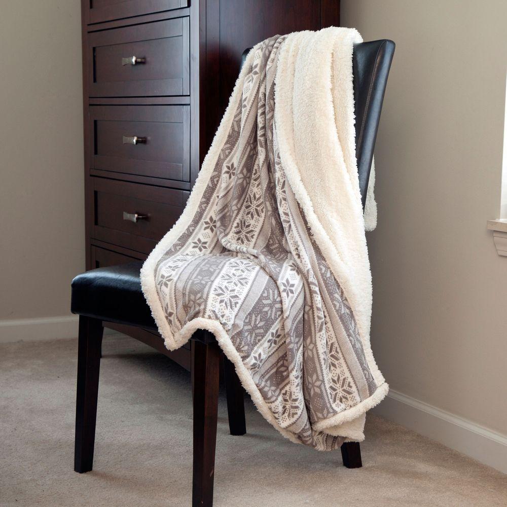 Lavish Home Gray Snowflakes Fleece Sherpa Polyester Throw Blanket
