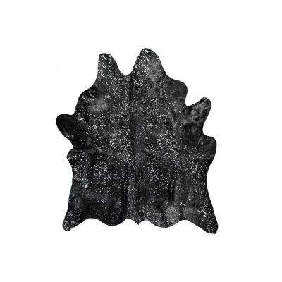 Scotland Black and Silver 6 ft. x 7 ft. Cowhide Area Rug