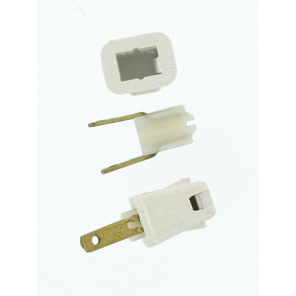10 Amp 2-Pole Straight Blade Plug, White