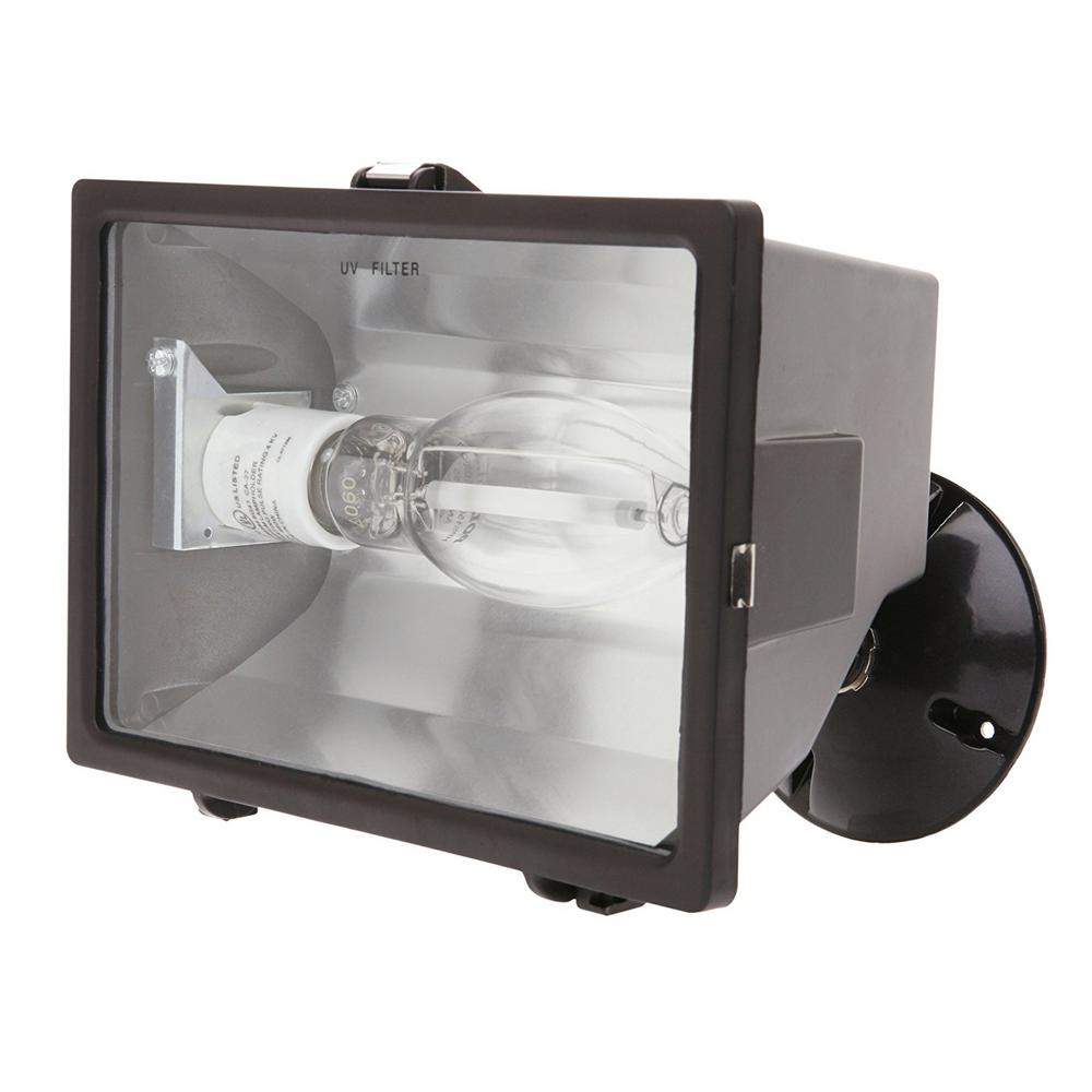 Designer's Edge 150-Watt Bronze Outdoor Flood Light With