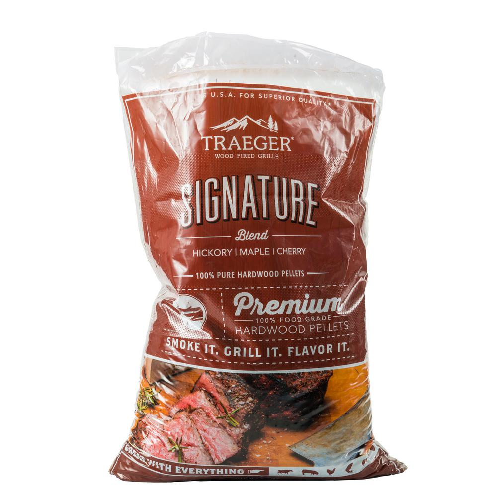 Traeger 20 lb.Signature Blend Wood Pellets