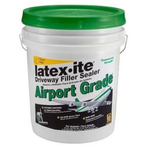 Latex Ite 4 75 Gal Airport Grade Driveway Filler Sealer 73066 The Home Depot