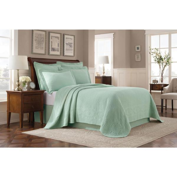 Royal Heritage Home Williamsburg Abby Sage King Coverlet 048975015957