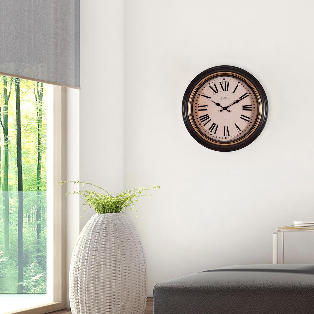 18 in. Round Antique Brown Quartz Wall Clock