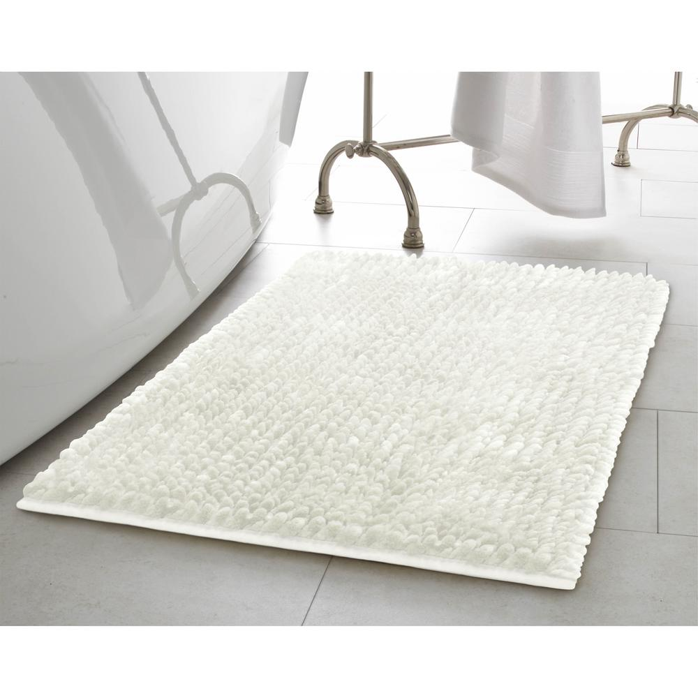 Butter Chenille 17 in. x 24 in. Bath Mat in White