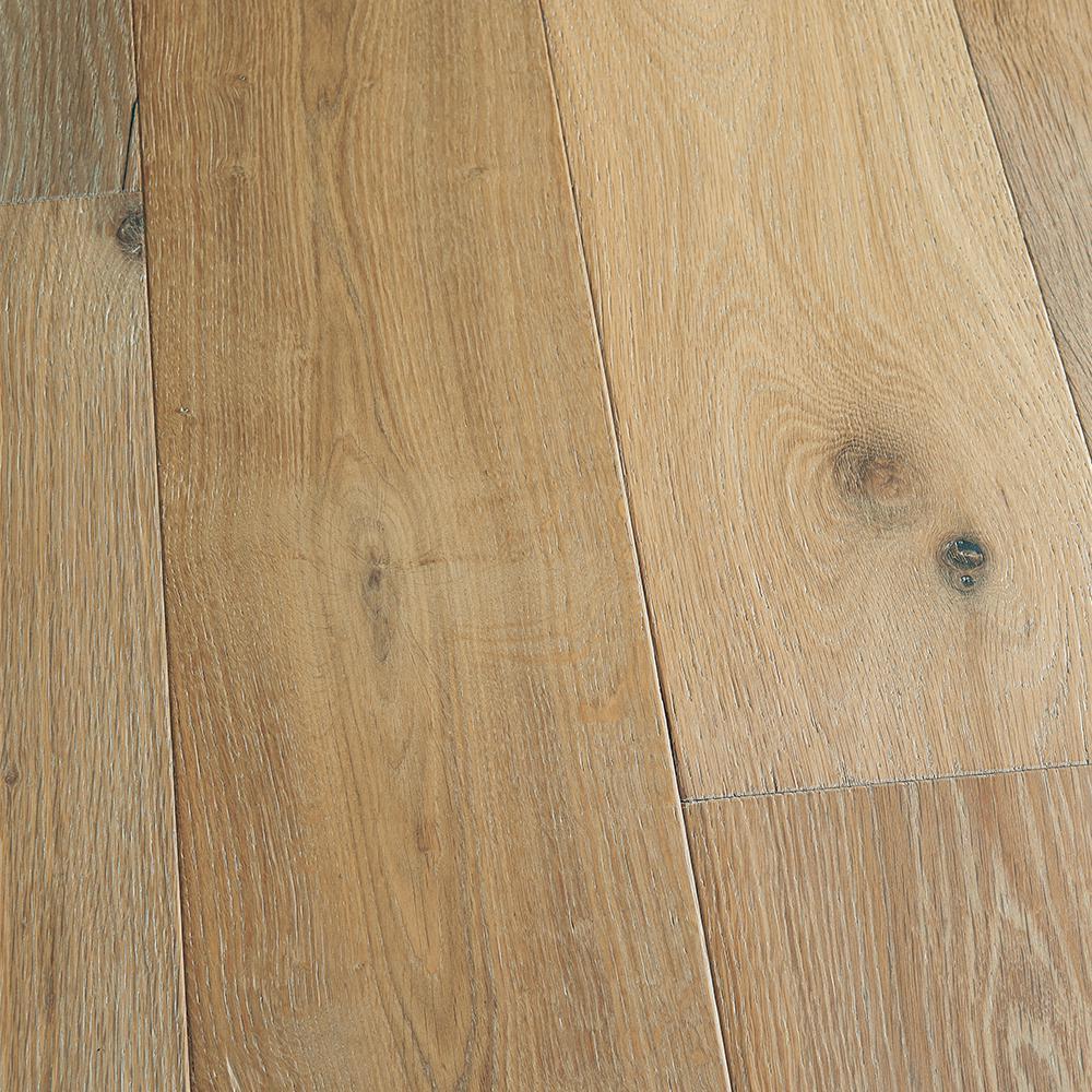 Malibu Wide Plank Take Home Sample - French Oak Belmont Click Lock Engineered Hardwood Flooring - 5 in. x 7 in.
