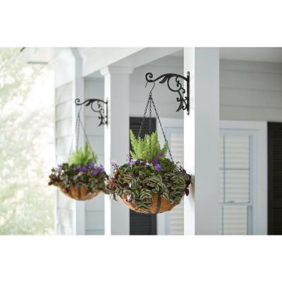 Plant Hangers Planters The Home Depot