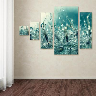 """32 in. x 44 in. """"Under the Sea"""" by Beata Czyzowska Young Printed Canvas Wall Art"""