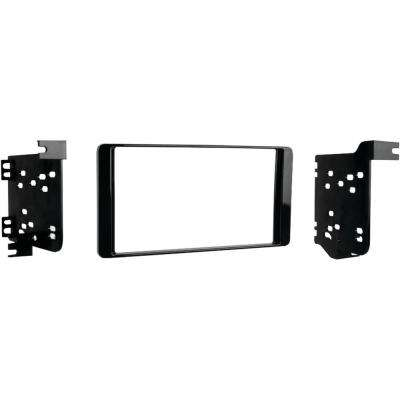 2014 and Up Mitsubishi Outlander Double DIN Installation Kit