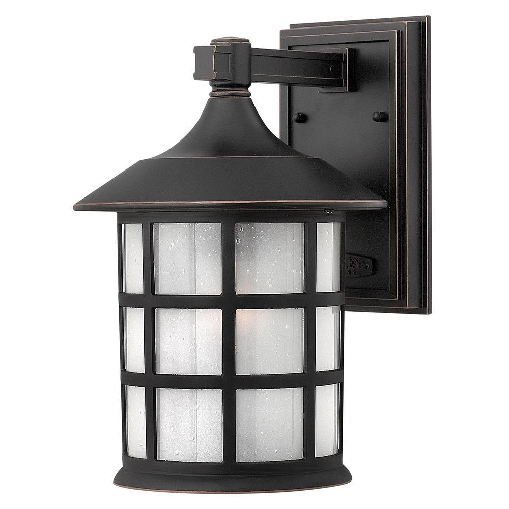hinkley lighting freeport medium 1-light black outdoor wall mount lantern 1804bk