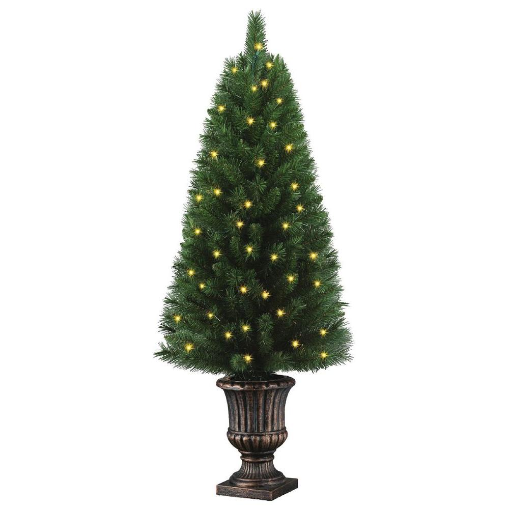 Potted Artificial Christmas Tree with 50 Clear Lights