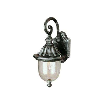 Cabernet Collection 1 Light Outdoor Verde Green Coach Lantern With Clear Seeded Shade