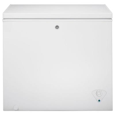 Garage Ready 7.0 cu. Ft. Manual Defrost Chest Freezer in White