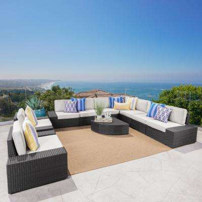 Santa Cruz Gray 10-Piece Wicker Outdoor Sectional Set with White Cushions