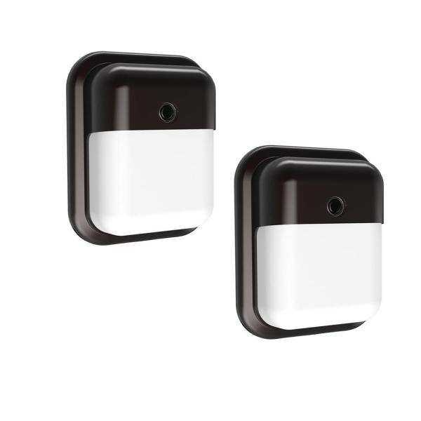 12-Watt Integrated LED Wall Pack with 1000 Lumens, Dusk to Dawn Outdoor Light (2-Pack)
