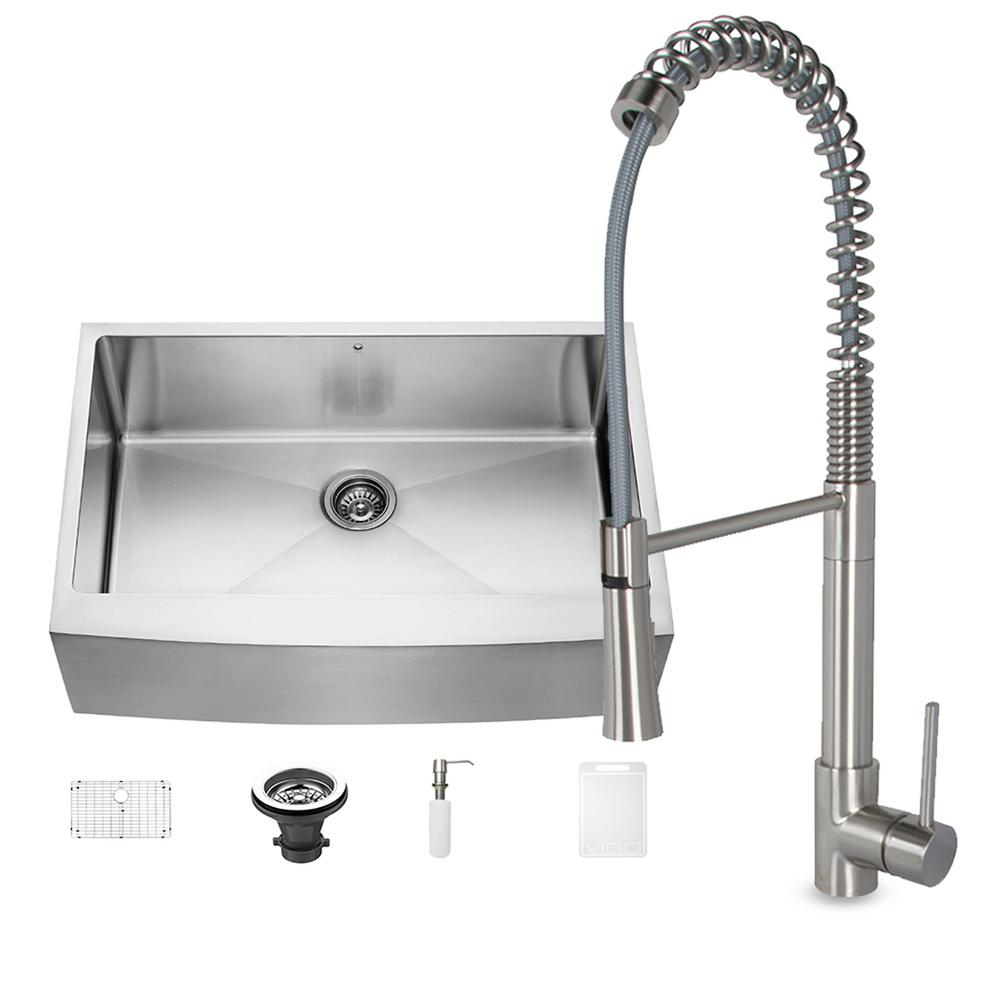 Vigo Kitchen Faucet With Farmhouse Sink