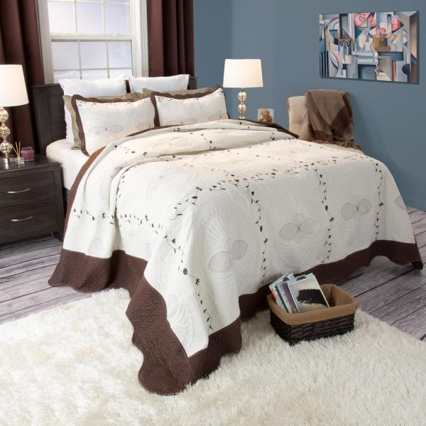 Lavish Home Athena Embroidered Brown Polyester Twin Quilt 66-10008-T