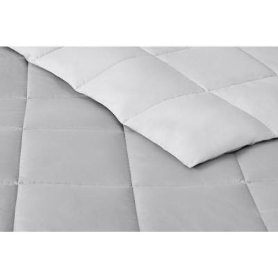 Brushed Microfiber Solid and Reversible Comforter