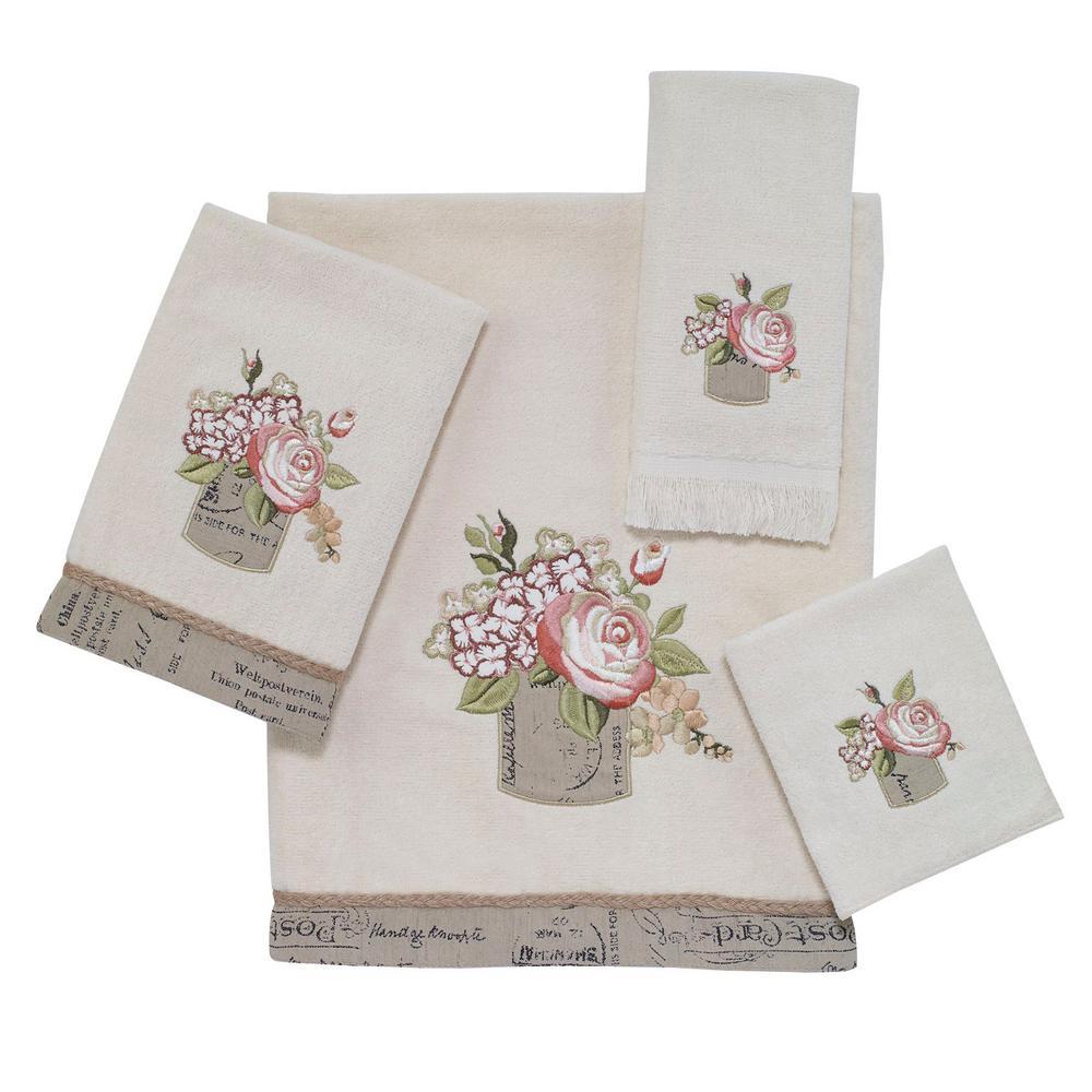 Antique Bouquet 4-Piece Bath Towel Set in Ivory
