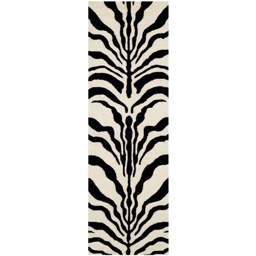Cambridge Ivory/Black 3 ft. x 8 ft. Runner Rug
