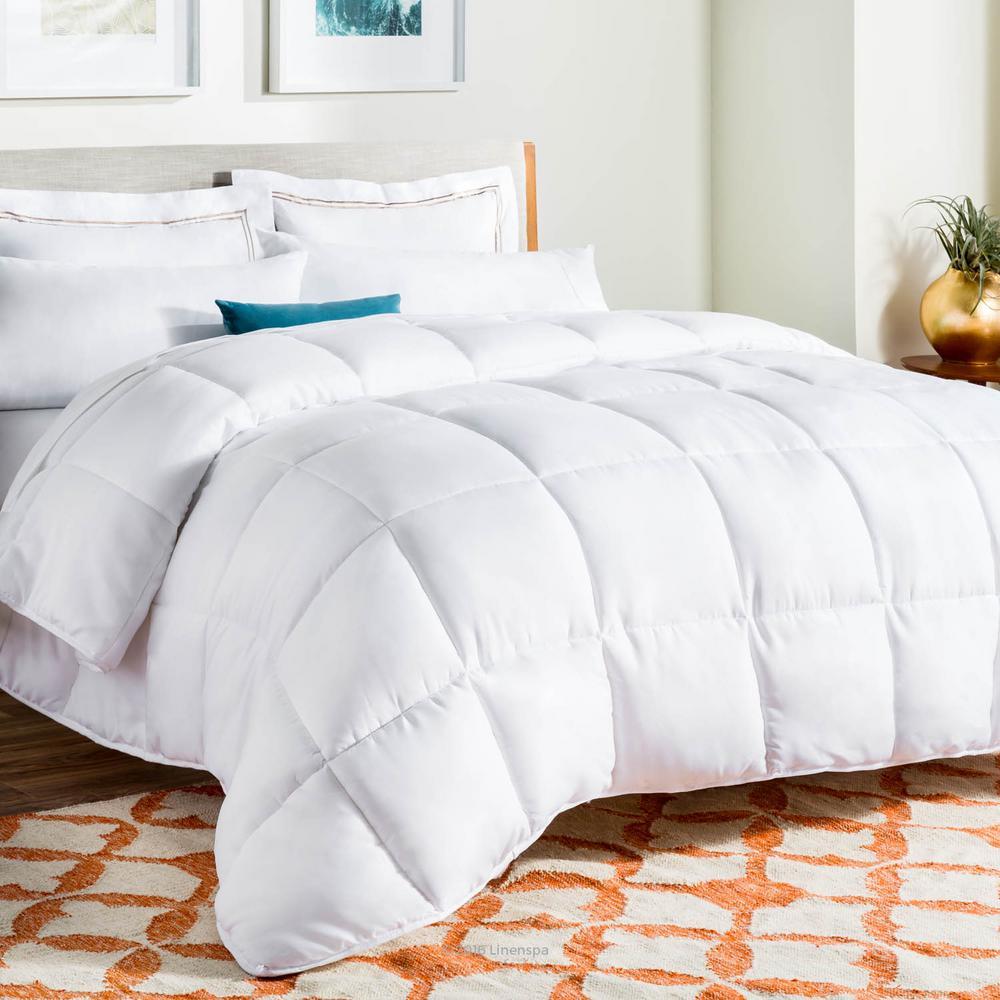 White Goose Down Alternative Queen Comforter with Duvet Tabs